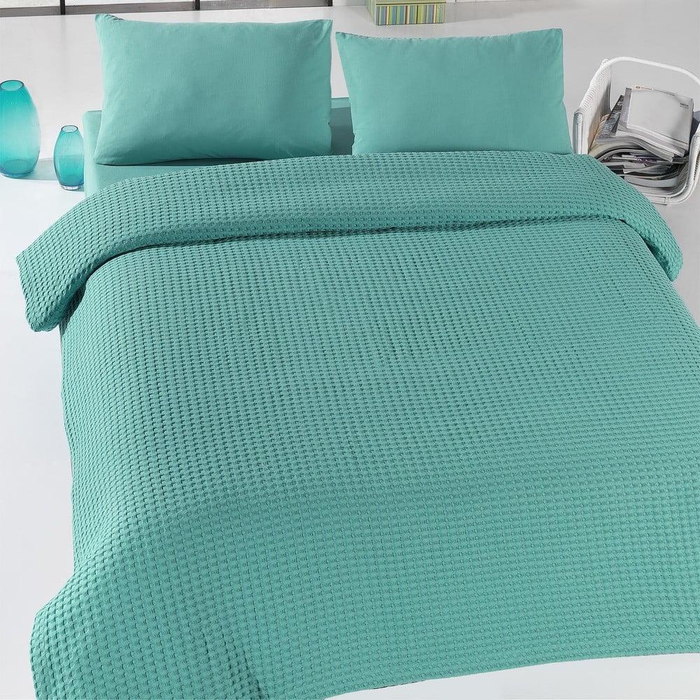 Zelený lehký přehoz přes postel Green Pique, 200 x 240 cm