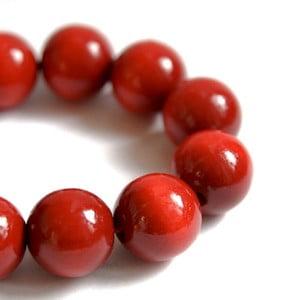 Červený dřevěný náramek Ko–ra–le Bubbles