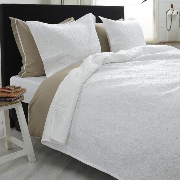 Biela prikrývka cez dvojlôžko s dvomi obliečkami na vankúš z mikroperkálu Sleeptime Clara 260×250 cm