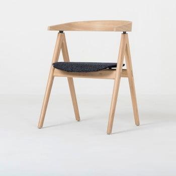 Scaun din lemn masiv de stejar şi pernă gri închis Gazzda Ava imagine