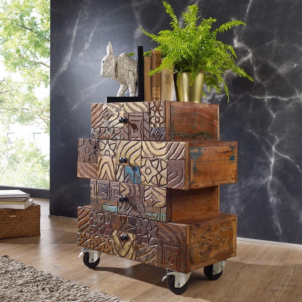 Komoda na kolečkách z recyklovaného dřeva Skyport CARVED