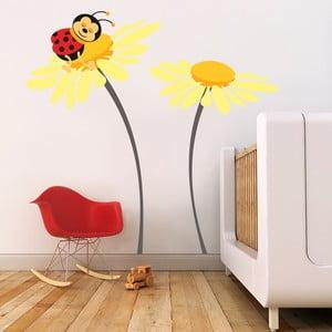 Samolepka na stěnu Beruška na květu, žlutá, 70x50 cm