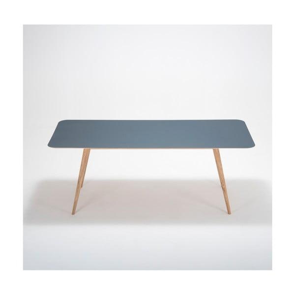 Jídelní stůl z masivního dubového dřeva s tmavě modrou deskou Gazzda Linn, 200x90cm