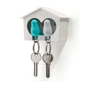 Bílý věšáček na klíče s bílou a modrou klíčenkou Qualy Duo Sparrow