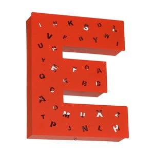 Červená světelná dekorace ve tvaru písmene Glimte Letter E
