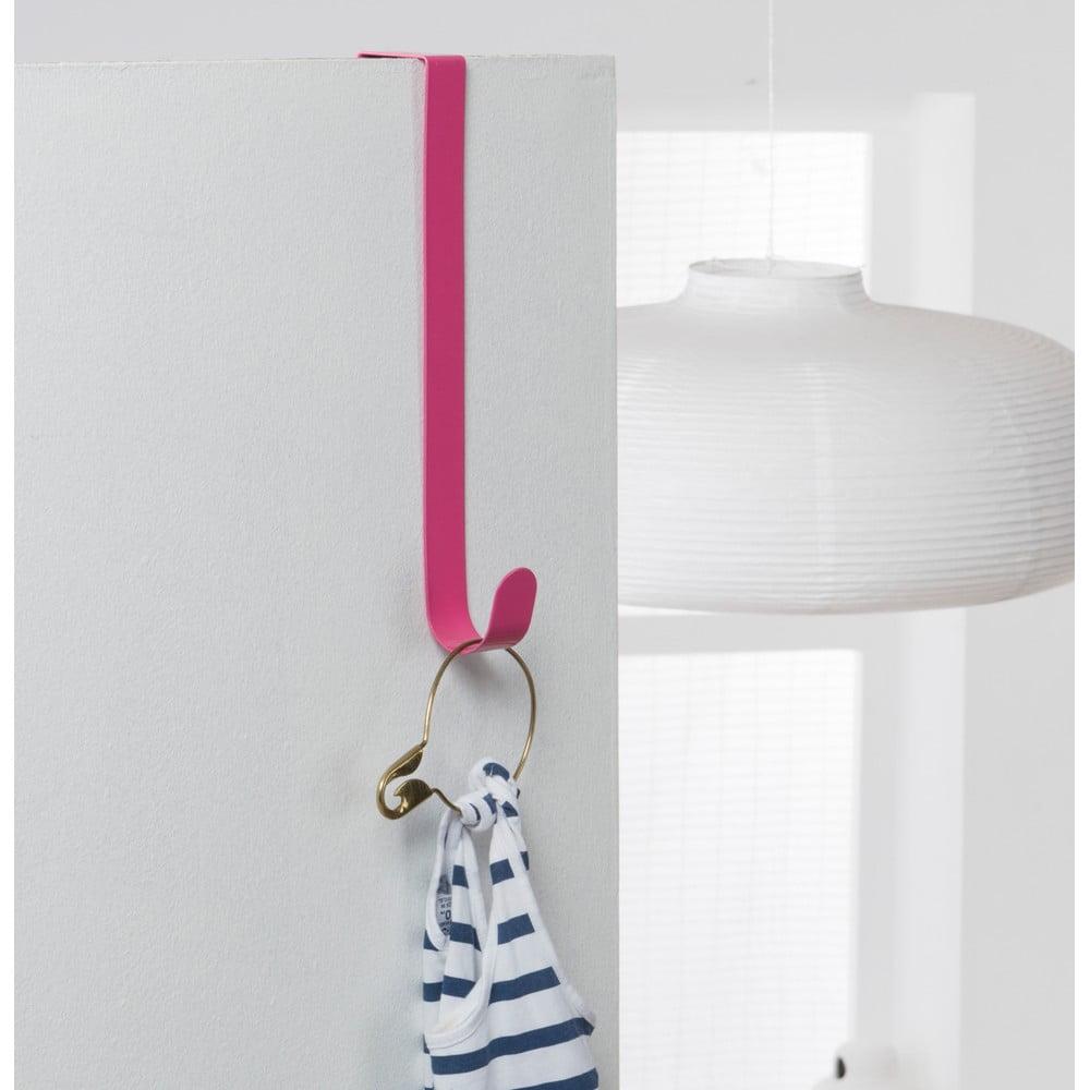 Růžový háček na dveře Compactor