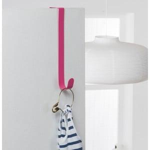Růžový kovový háček na dveře Compactor