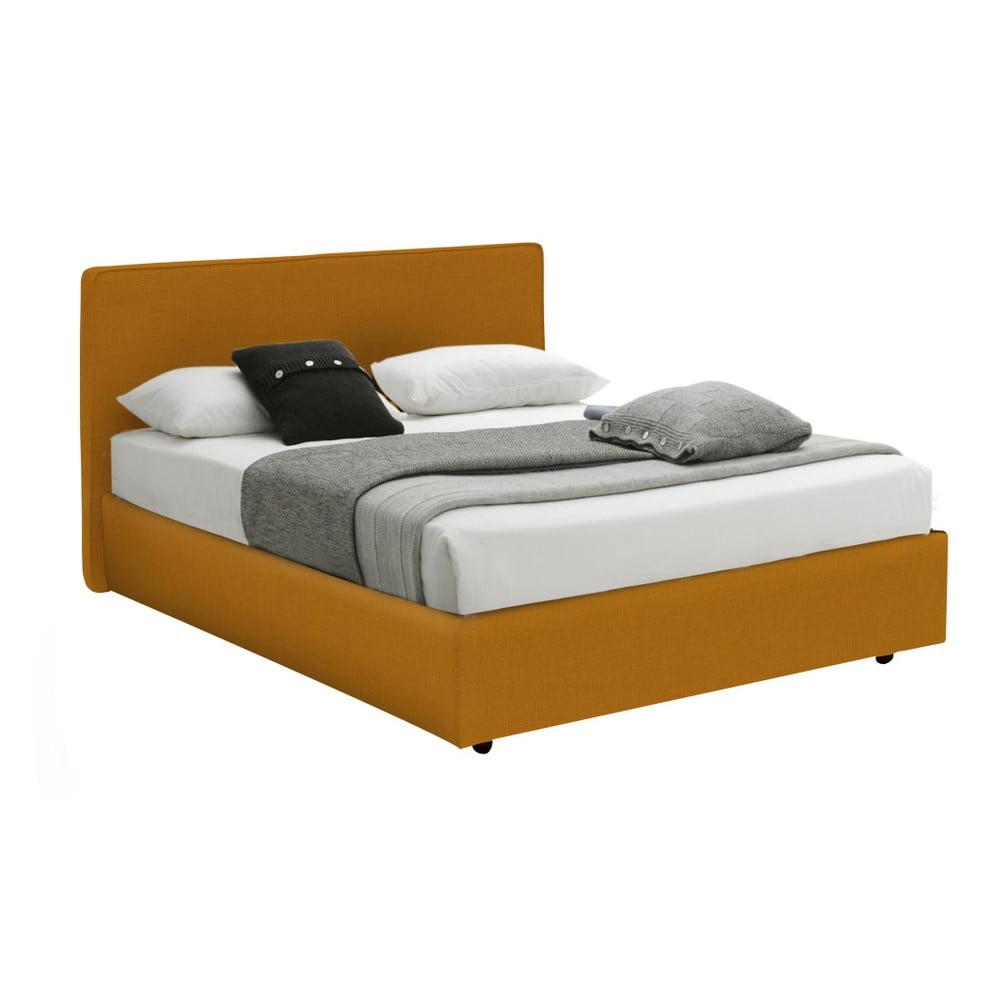 Oranžová jednolůžková postel s úložným prostorem 13Casa Ninfea, 120 x 190 cm