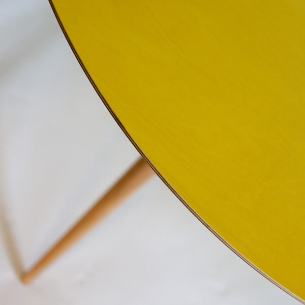 Žlutý jídelní stůl Ragaba Triad
