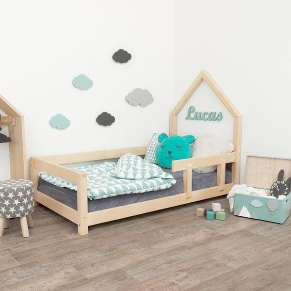 Naturalne łóżko dziecięce w kształcie domku z barierką po prawej stronie Benlemi Lucky, 80x180 cm