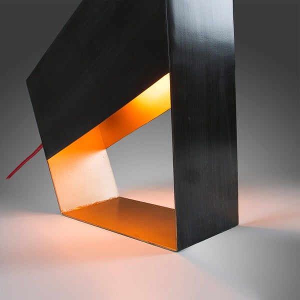 Stolní lampa v barvě zinku La Forma Bern