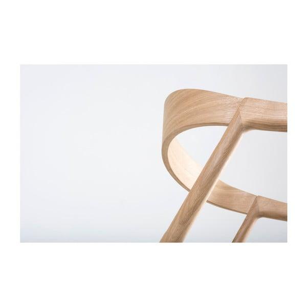 Jídelní židle z masivního dubového dřeva se šedým sedákem Gazzda Muna