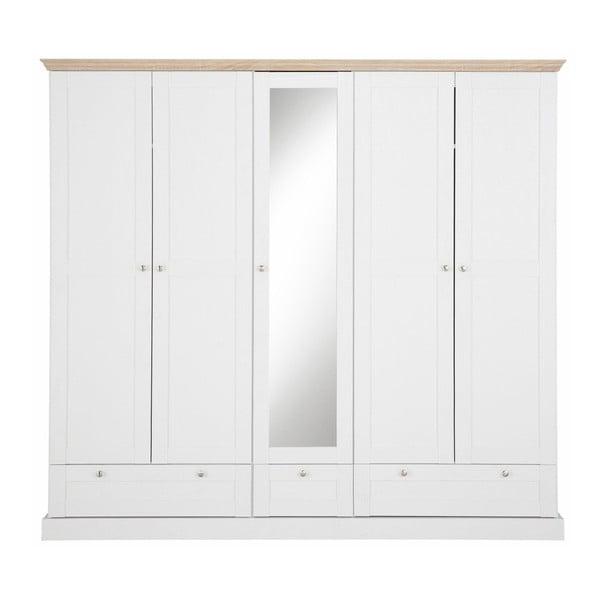 Bílá pětidveřová šatní skříň s detaily v dubovém dekoru Støraa Bruce