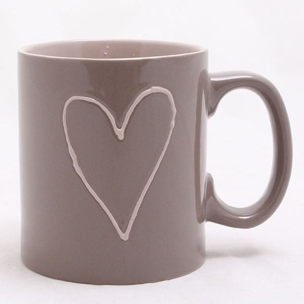 Brązowy kubek ceramiczny ręcznie zdobiony Dakls Heart Dark, 500 ml