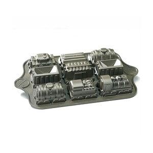Formičky na mini bábovičky ve stříbrné barvě Nordic Ware Train, 1,2 l