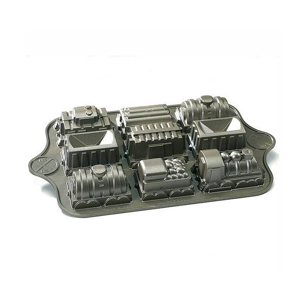 Forma na 9 mini bábovek ve tvaru vláčku ve stříbrné barvě Nordic Ware Train, 1,2 l