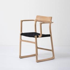 Jídelní židle z masivního dubového dřeva s područkami a černým sedákem Gazzda Fawn