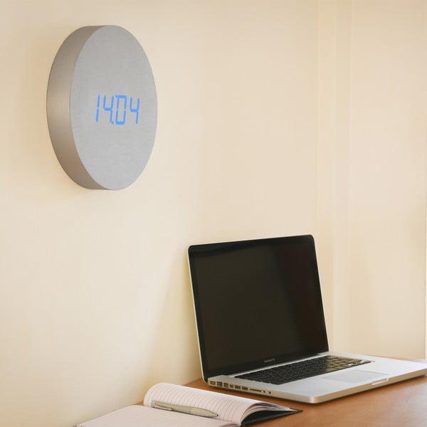 Světlý nástěnný budík s modrým LED displejem Gingko Round Clock