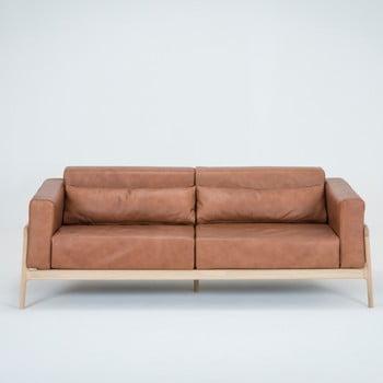 Canapea din piele bovină cu structură din lemn masiv de stejar Gazzda Fawn 210 cm maro cognac