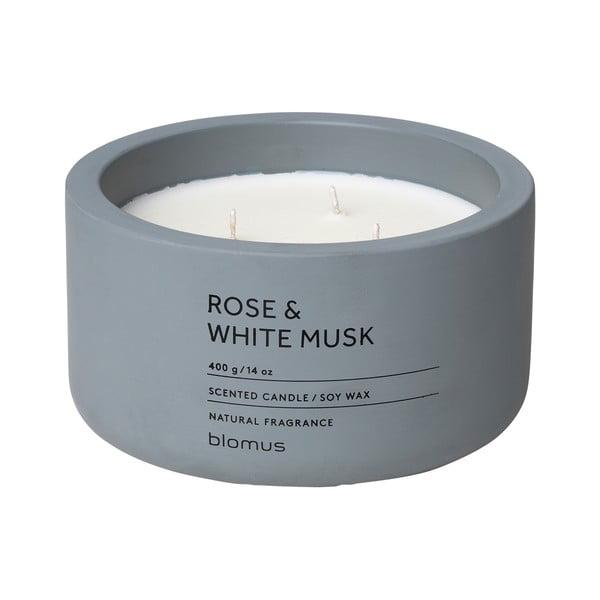 Sviečka zo sójového vosku s vôňou ruží a pižma Blomus Fraga,25 hodín horenia