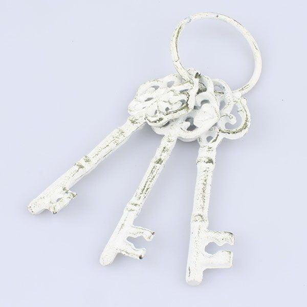 Fehér dekorációs öntöttvas kulcsok - Dakls