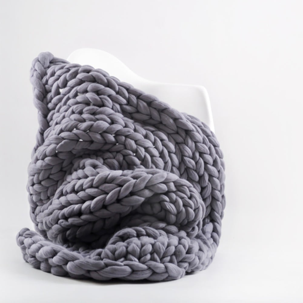 Fialovošedá ručně pletená deka z merino vlny Concepttual Chunky, 125 x 130 cm