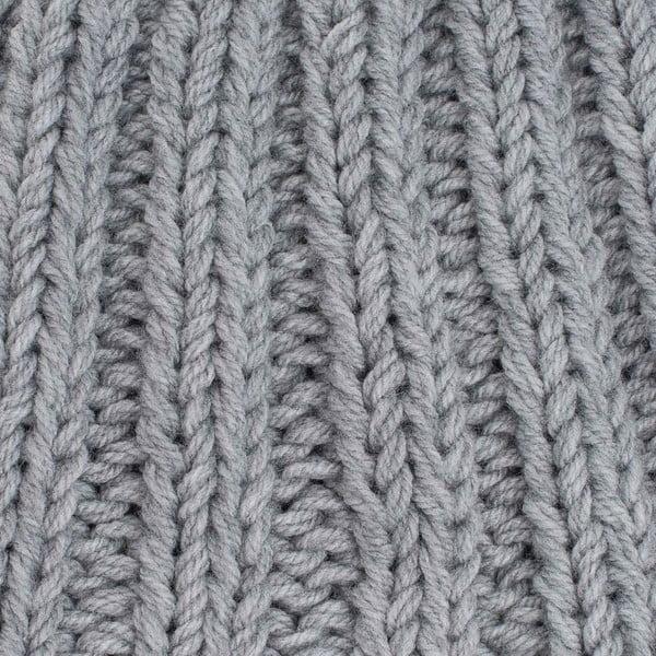 Světle šedá ručně pletená čepice DOKE Mina