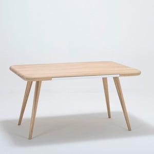 Masă dining din lemn de stejar Gazzda Ena One, 140 x 100 x 75 cm