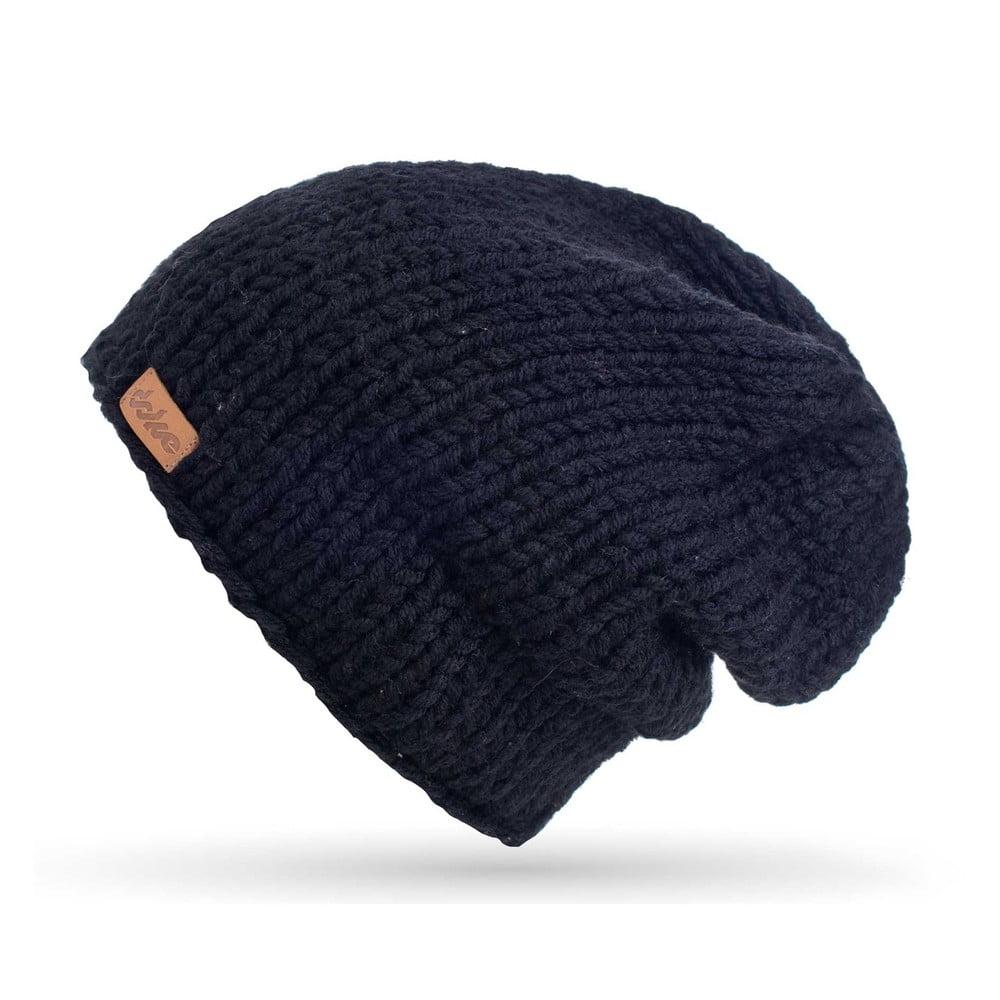 Černá ručně pletená čepice DOKE Mina