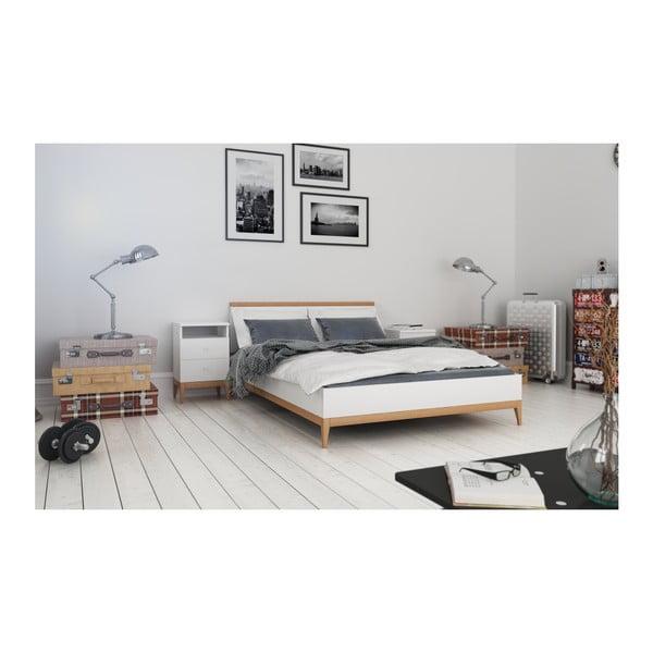Dvoulůžková postel z masivního borovicového dřeva SKANDICA Livia, 180 x 200 cm