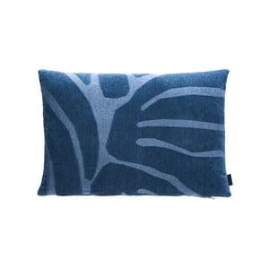 Modrý bavlněný polštář s vysokým podílem viskózy OYOY Roa
