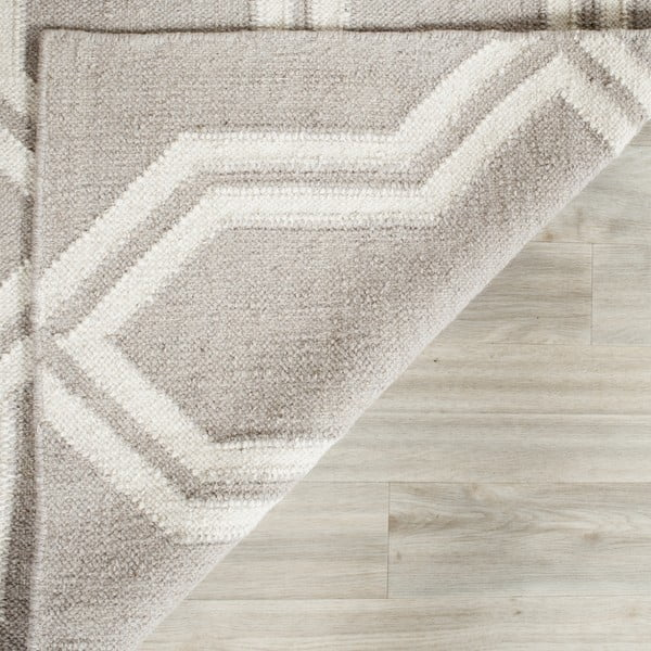 Vlněný koberec Safavieh Aklim, 121x182 cm