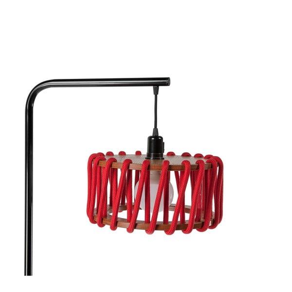 Stojací lampa s černou konstrukcí a malým červeným stínidlem EMKO Macaron