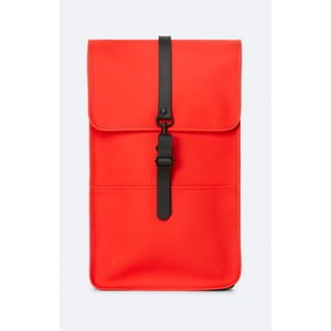 Červený batoh s vysokou voděodolností Rains Backpack