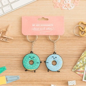Set 2 brelocuri Mr. Wonderful We are donuts