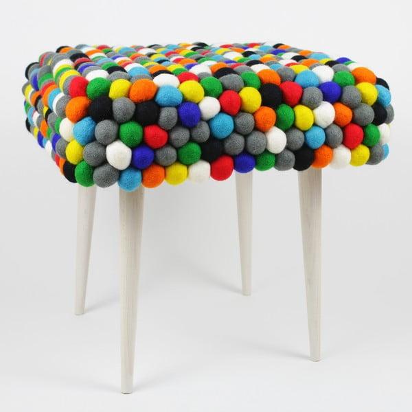 Ručně vyrobená kuličková stolička Happy Pills