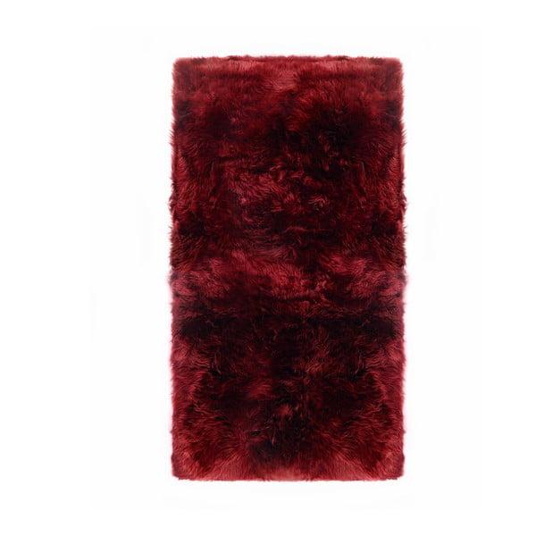 Červený koberec z ovčí kožešiny Royal Dream Zealand Natur, 70x140cm