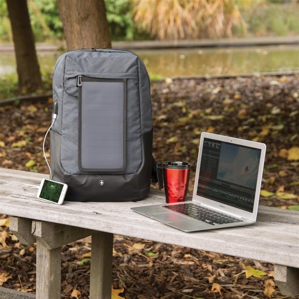 ... Batoh na notebook se solárním panelem a 3 USB porty XD Design ... 7d23727c8e
