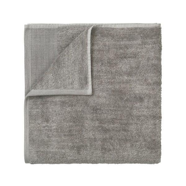 Šedý bavlněný ručník Blomus, 100x50cm
