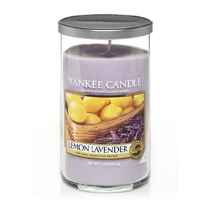 Vonná svíčka Yankee Candle, Citrón a levandule, střední