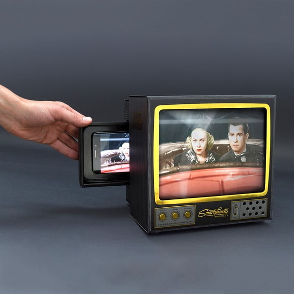 TV pre smartphone Luckies of London Magnifier 2.0