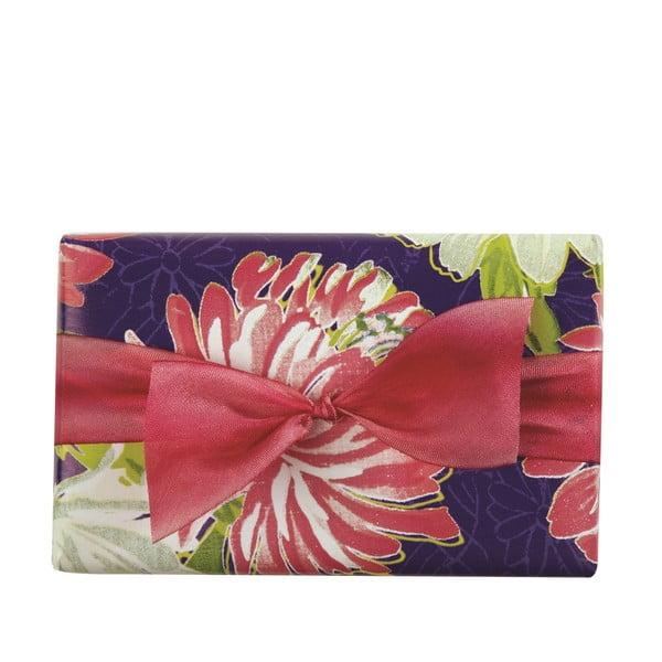Ručně vyrobené mýdlo Nisha z kolekce Bouquet