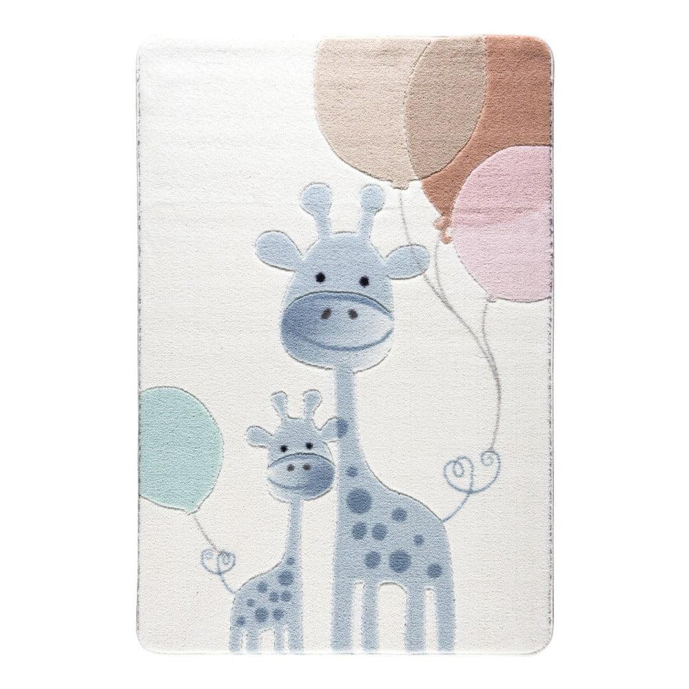Dětský světle modrý koberec Confetti Happy Giraffe, 133x190cm