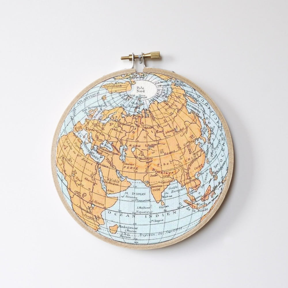 Nástěnná dekorace Little Nice Things Stitch Hoop Worldmap ⌀ 27 cm