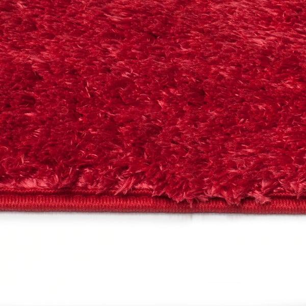 Červený koberec Universal Sensity Red, 70x135cm