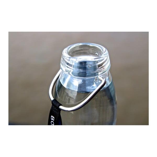 Červená skleněná filtrační láhev s neoprénovým obalem a binchotanem Black + Blum Pure, 600 ml