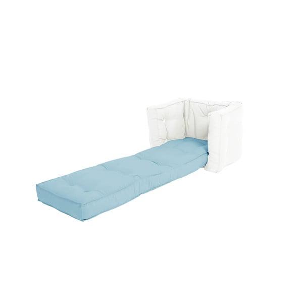 Světle modré dětské rozkládací křesílko s přírodní konstrukcí Karup Mini Dice