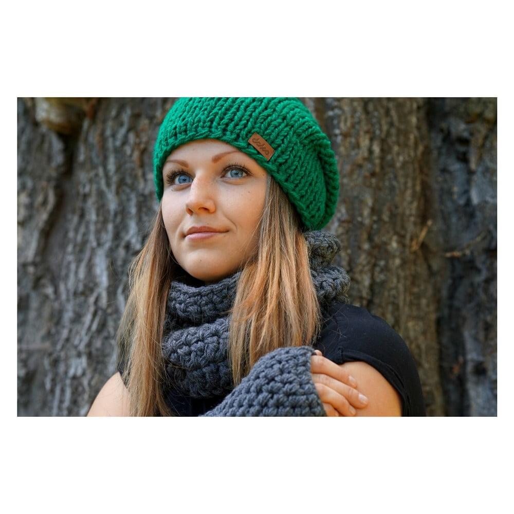 Zelená ručně pletená čepice DOKE Mina ... d2a071c39a