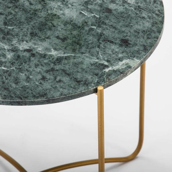 Odkládací stolek se zelenou mramorovou deskou a nohami ve zlaté barvě Thai Natura, ∅57cm