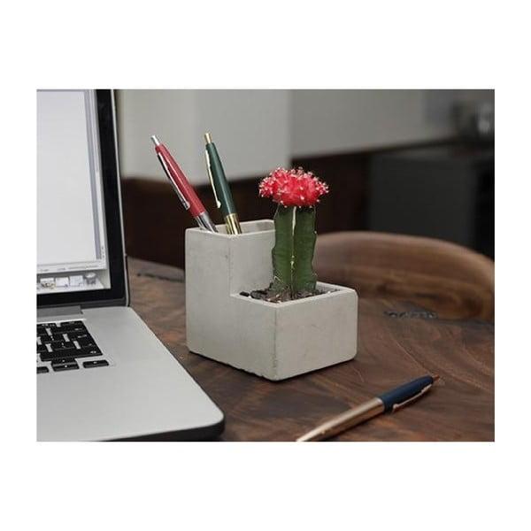 Betonový stolní květináč se stojanem na tužky Kikkerland, šířka 9,6 cm